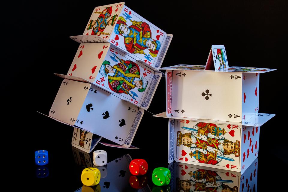 ランドカジノよりもオンラインカジノのバカラの方が勝ちやすいと思う理由