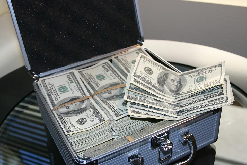 オンラインカジノ!ルーレットで1日1万稼ぐ為に必要な資金と攻略法